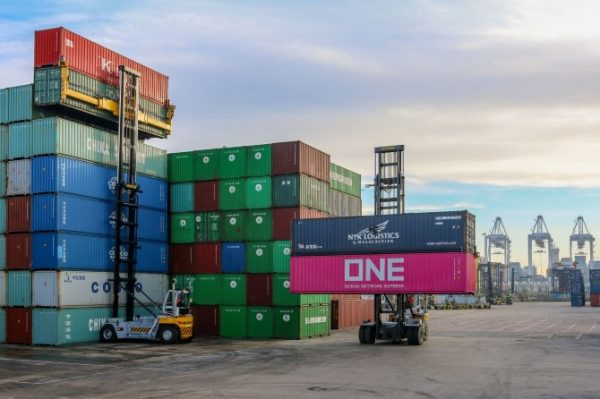 DP World Invests In New Handling Equipment At Southampton